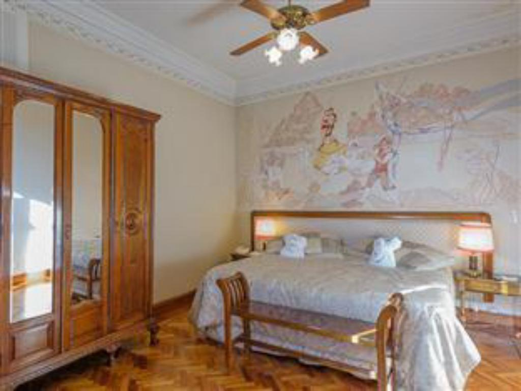 Deluxe Double or Twin - Suite room