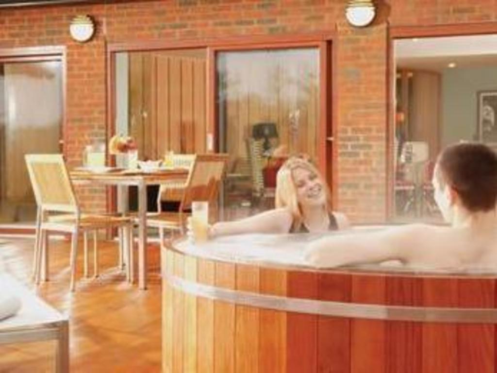 Best Price On New Park Manor Hotel Bath House Spa In Brockenhurst Reviews