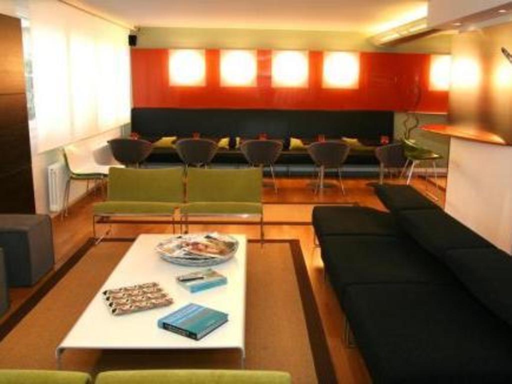 Design hotel f6 in geneva room deals photos reviews for Design hotel geneva
