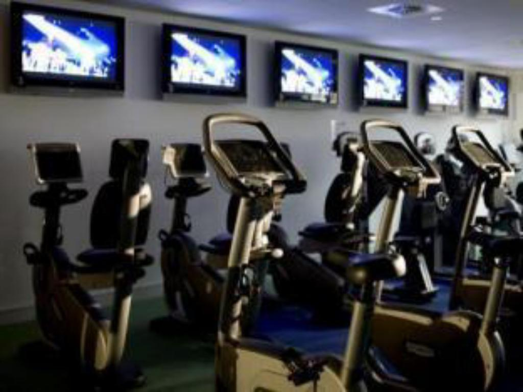 Fitness center Village Hotel Manchester Hyde