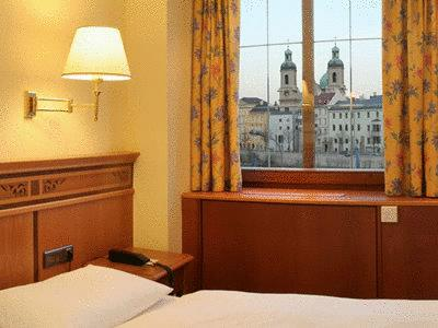 Double Room with Old Town View