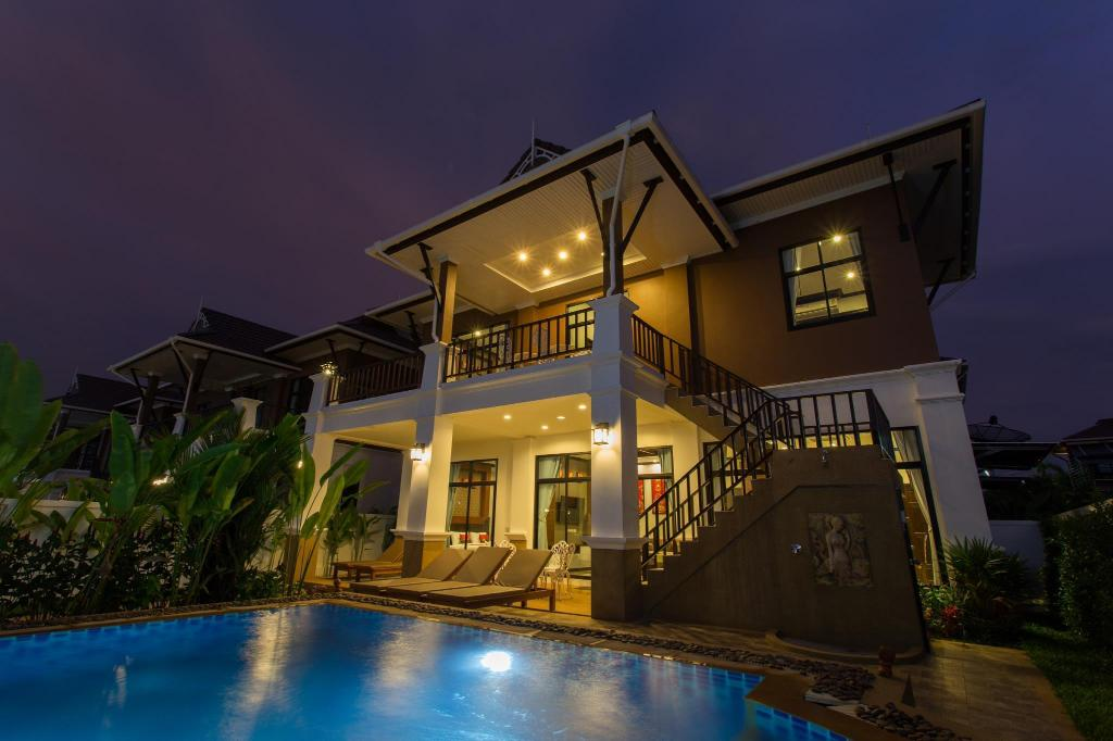 Pool Villa (8 persons) - Hotel building The Best Aonang Villas