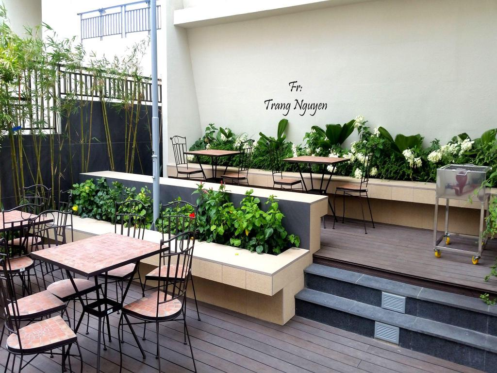 Balkon/teras 3 bedroom mini penthouse in Saigon centre with  rooftop pool