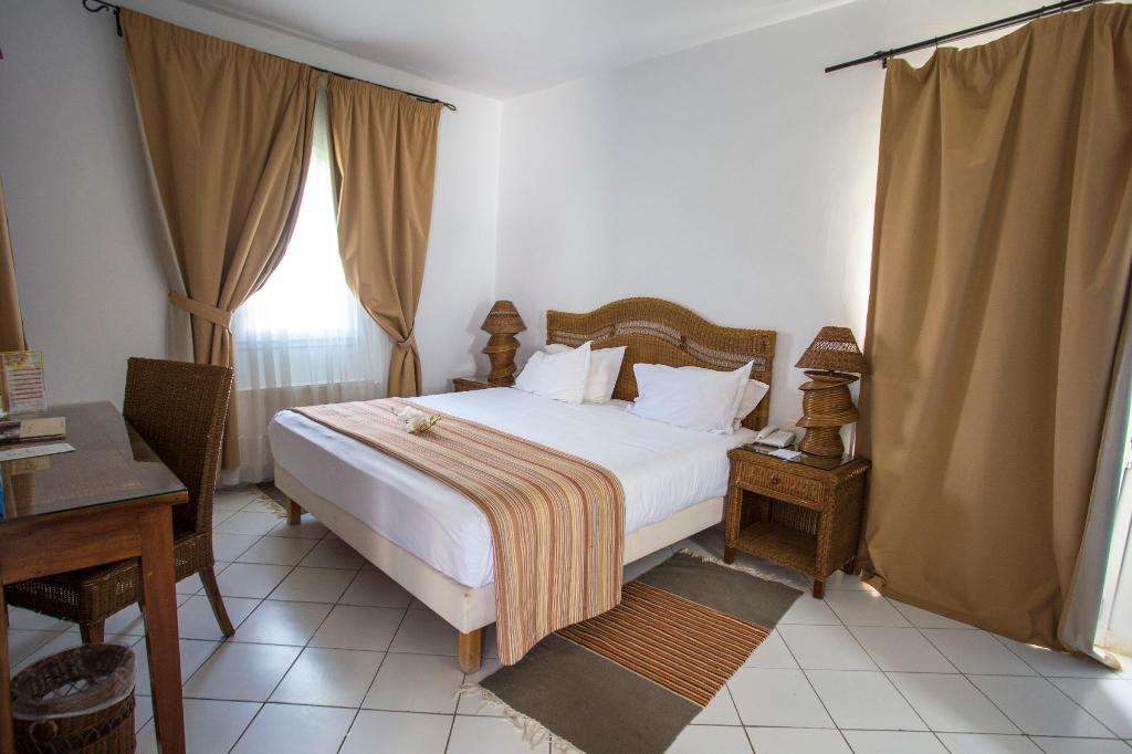 One-Bedroom Apartment (2 Adults + 1 Child) Golden Tulip Carthage Residence