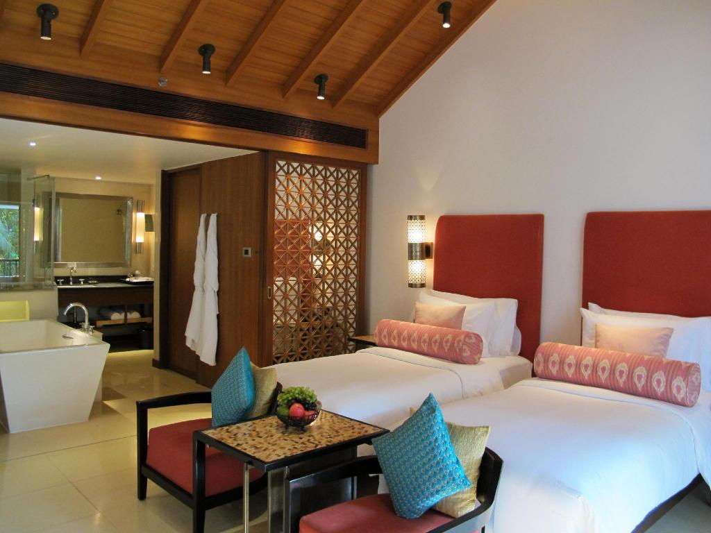 Deluxe (Loft) - 3 Nights (All Meals) Alila Diwa Hotel