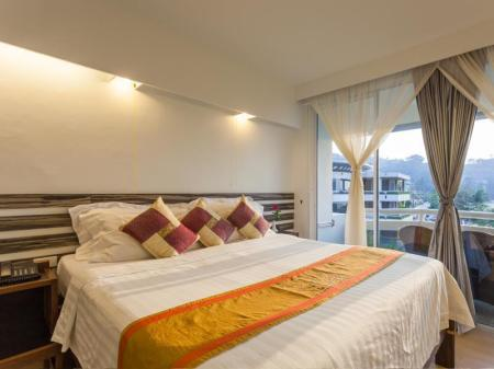 Merevaatega luksustuba The Bliss Hotel South Beach Patong