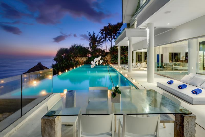 Four Bedroom Oceanfront Pool Residence