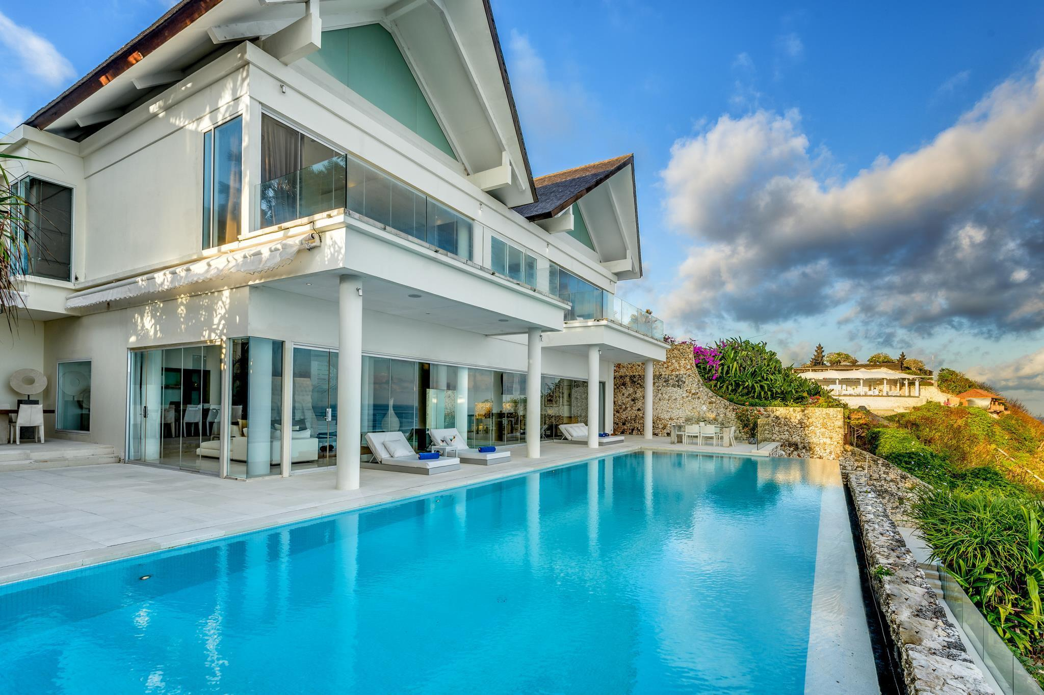 Five Bedroom Beachfront Villa