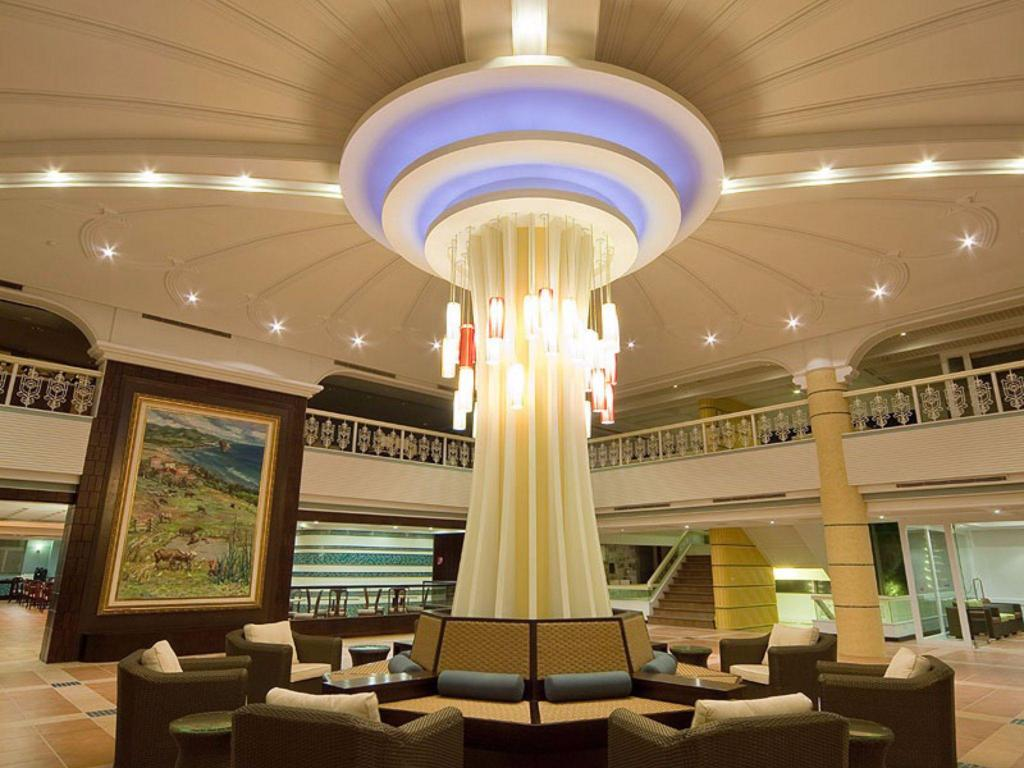 Lobby Fullon Resort Kending