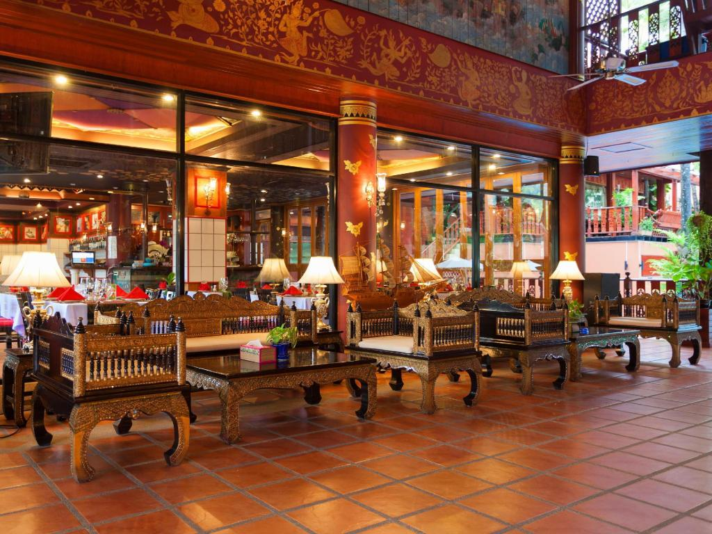Lobby Royal Phawadee Village Patong Beach Hotel