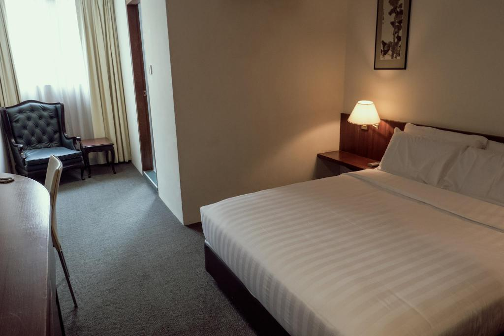 Superior Room VIP Hotel (SG Clean Certified)