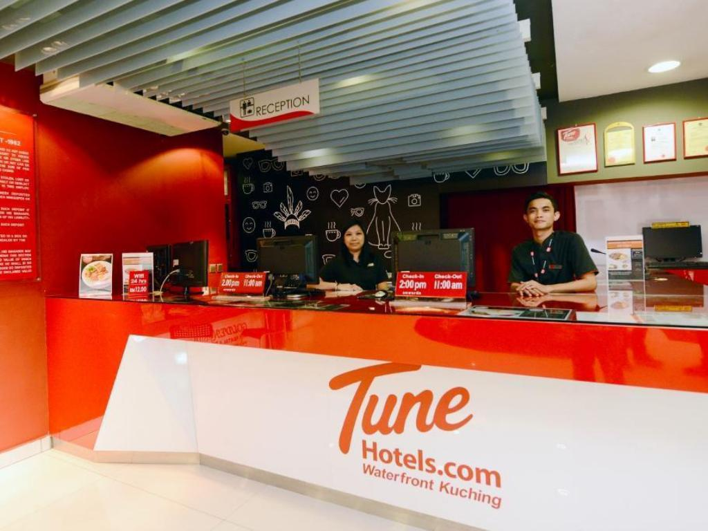 Lobby Tune Hotel – Waterfront Kuching