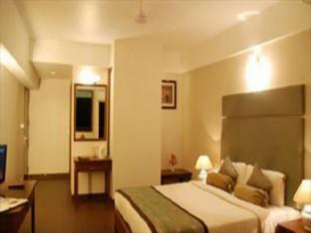 Best Price on Tangerine Clarks Inn in Goa + Reviews!