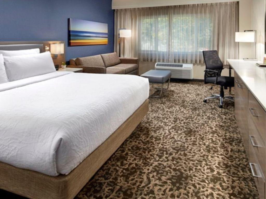 2 queen beds bed hilton garden inn san diego mission valley stadium - Hilton Garden Inn San Diego