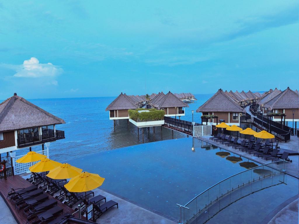 avani sepang goldcoast resort in kuala lumpur room deals photos