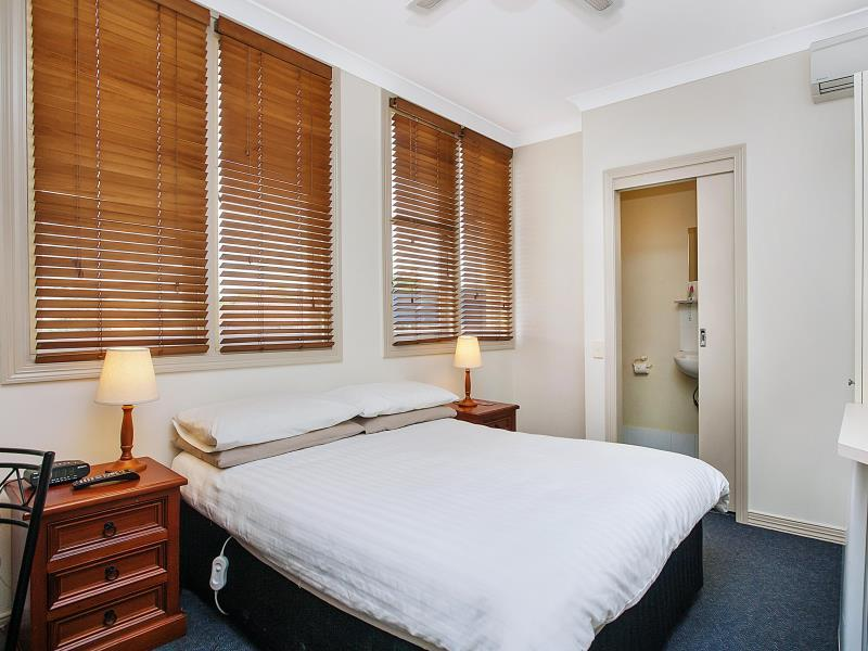 ashfield manor hotel in sydney room deals photos reviews rh agoda com