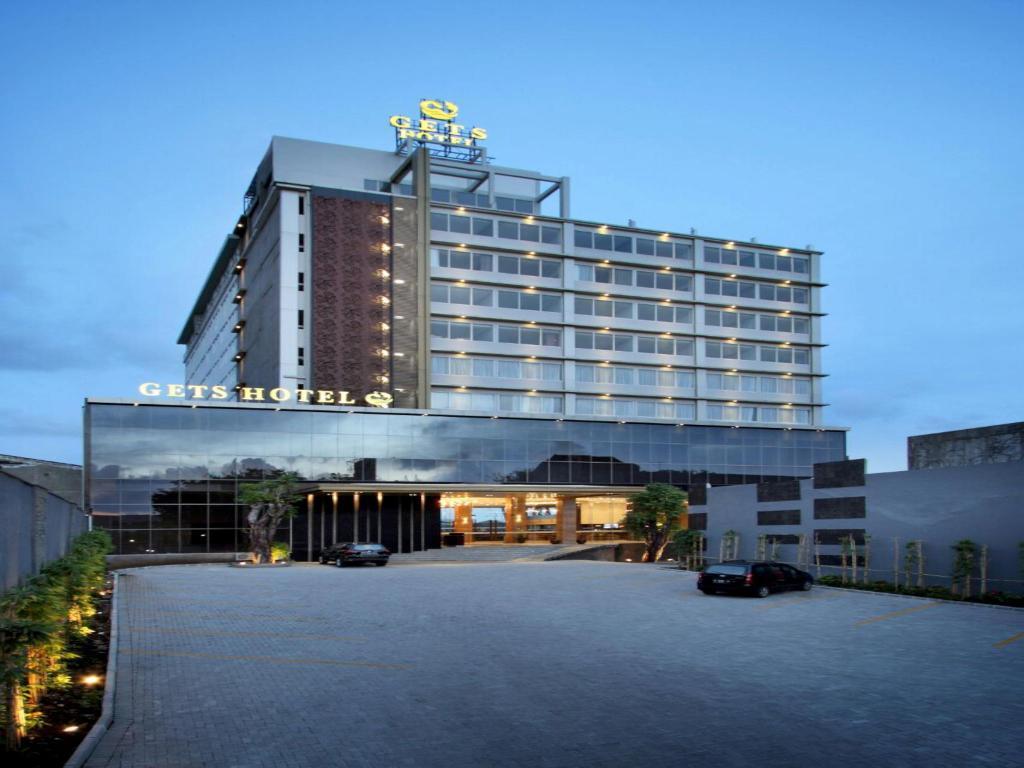 Hasil gambar untuk 5. Gets Hotel Semarang