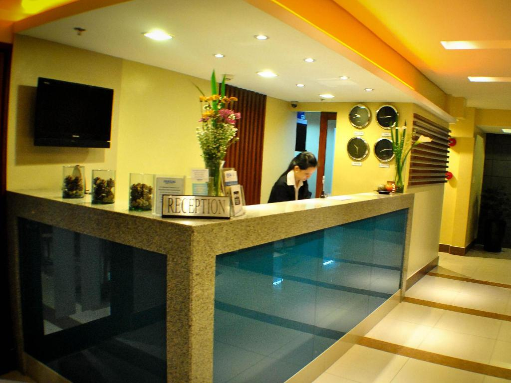 Best Price on Fersal Hotel Kalayaan, Quezon City in Manila +