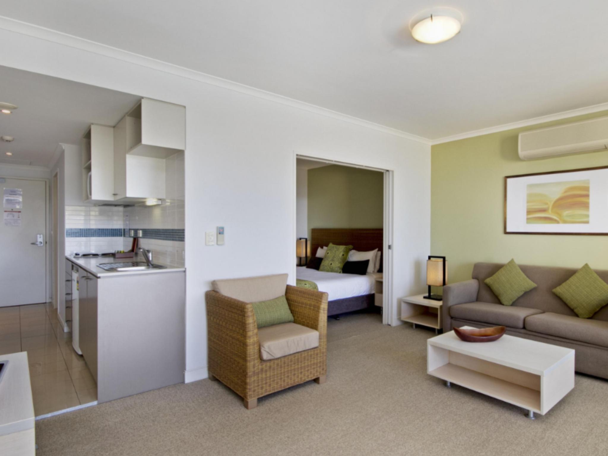 Mantra Ettalong Beach Hotel in Central Coast - Room Deals