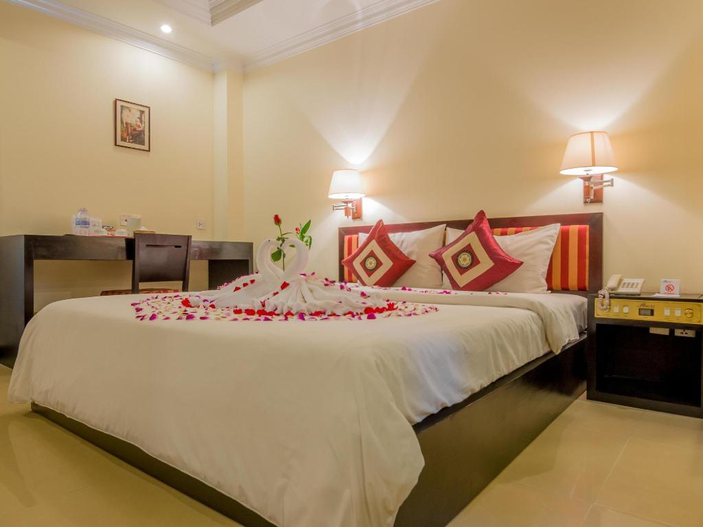 Superior Double Bed - Bed Angkor Riviera Hotel