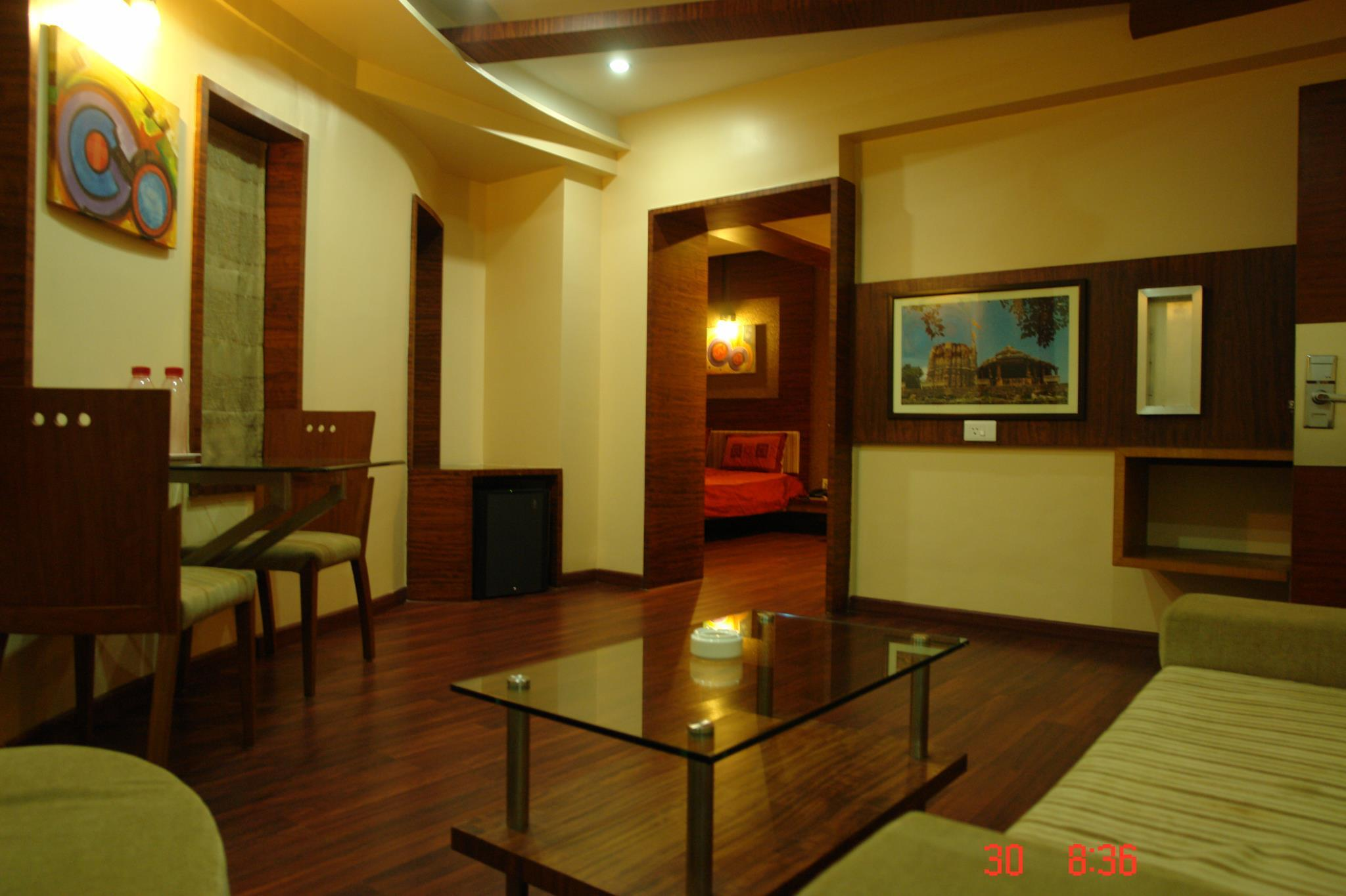 Kamar Club (Club Room)