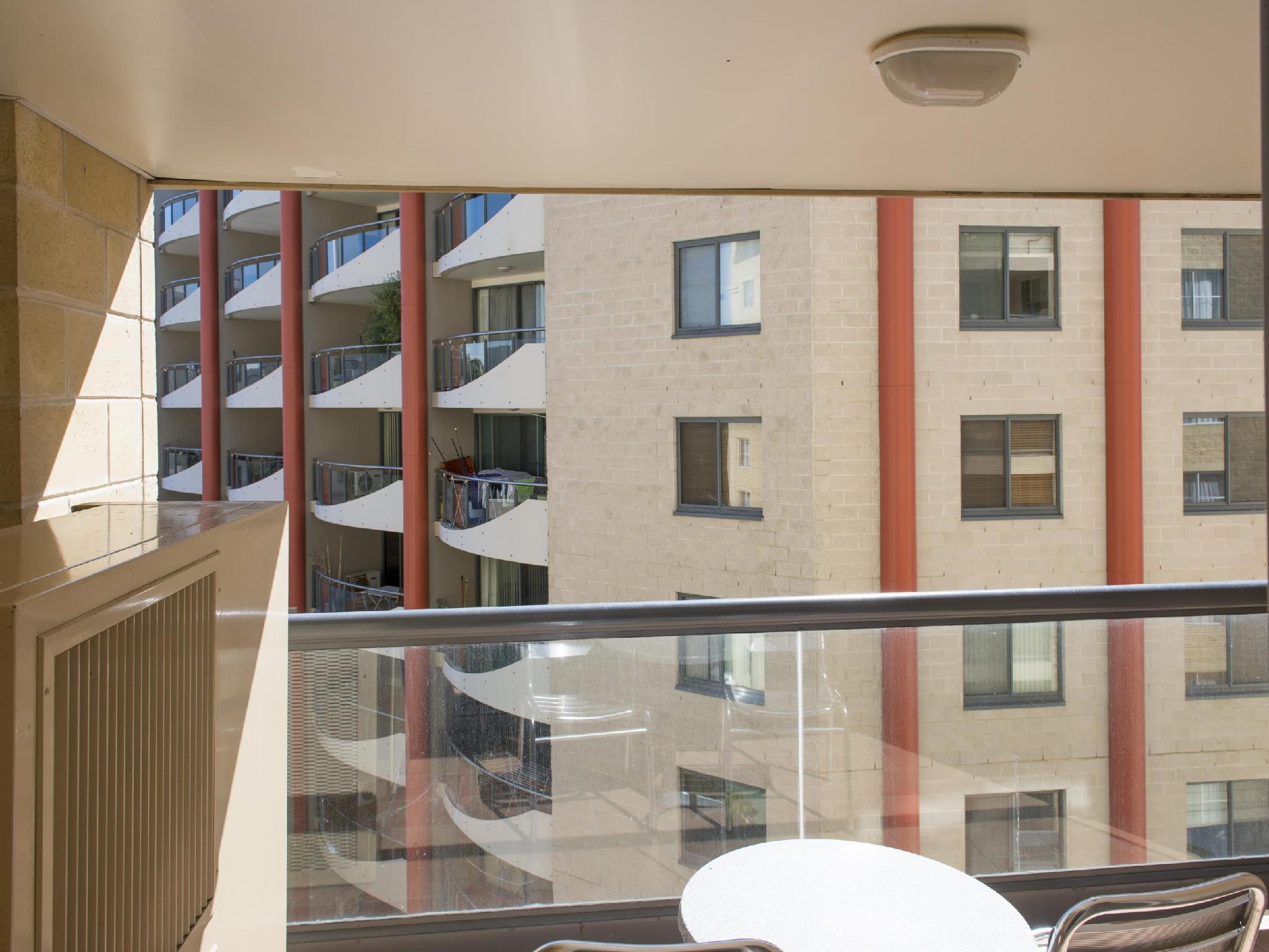 Best Price On Mantra On Northbourne Hotel In Canberra Reviews