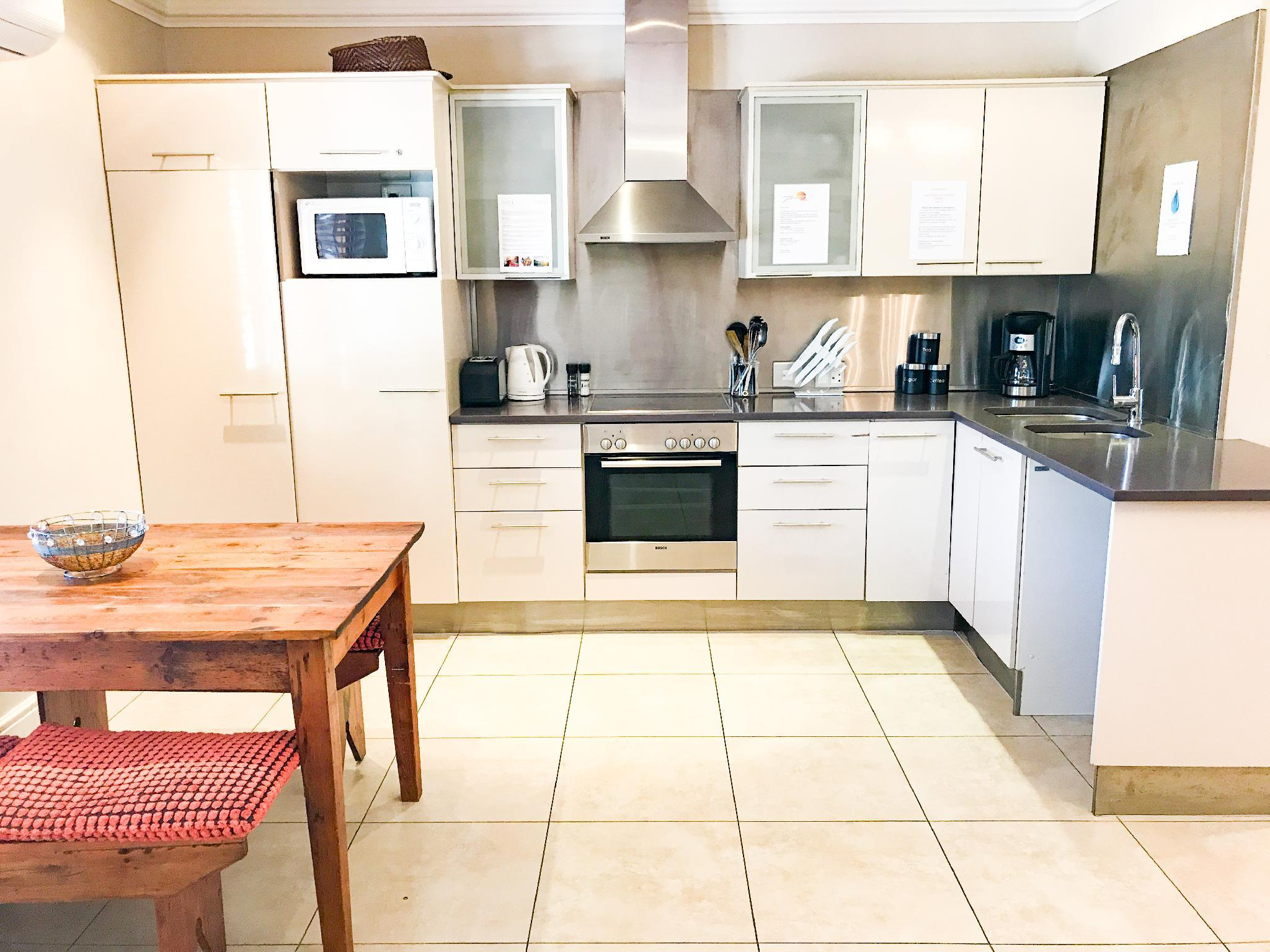 best price on sunshine letting self catering apartments in cape town rh agoda com Ceramic Tile Kitchen Furniture South Africa