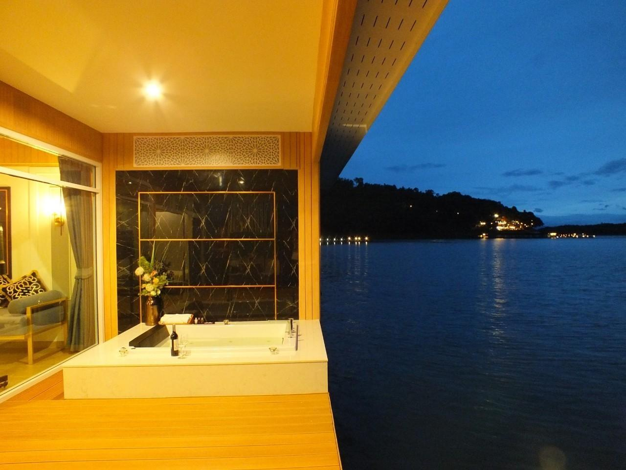 Quarto Grand Island com jacuzzi (Island Grand Room with Jacuzzi)
