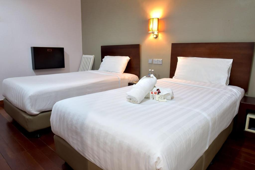 Twin Room without Window - Bed Tune Hotel – Waterfront Kuching