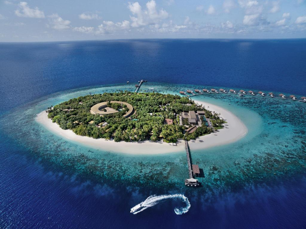 More about Park Hyatt Maldives Hadahaa