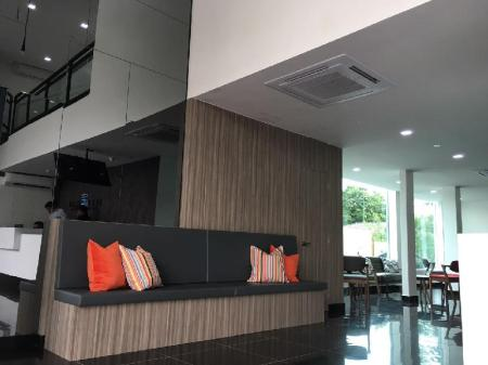 Lobi Best View Boutique Hotel Kota Kemuning