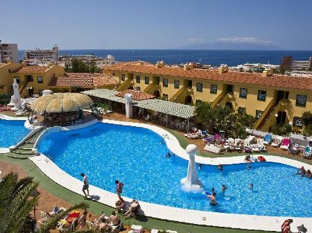 Swimming Pool Laguna Park 1 Apartments