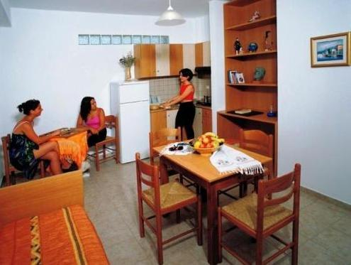 Apartamento de 1 habitación para 2 adultos y 2 niños (One-Bedroom Apartment (2 Adults + 2 Children))