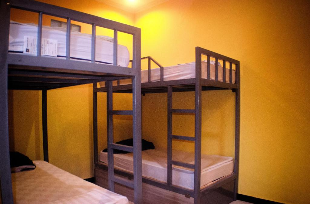 1 Person in 4-Bed Dormitory - Mixed Lagas Hostel