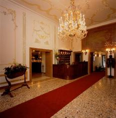 Hotel Ala - Historical Places of Italy