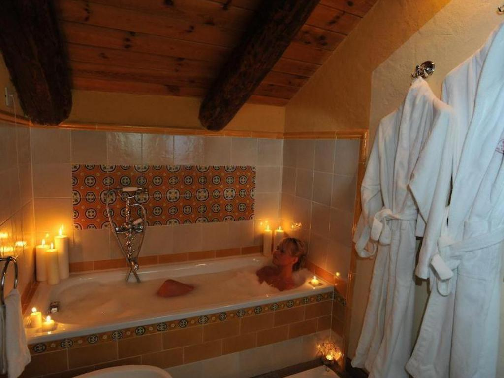 Bathroom Hotel Du Grand Paradis & Wellness La Baita
