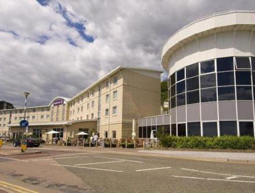 See all 33 photos Premier Inn Dover Central - Eastern Ferry Terminal