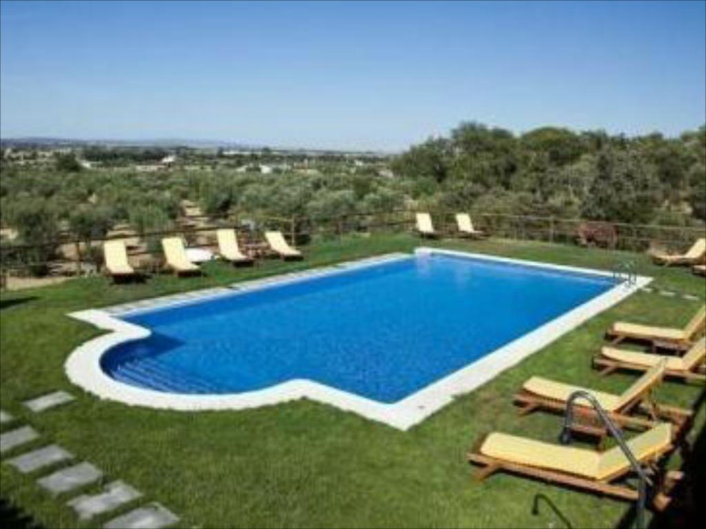 Swimming pool Hotel Quinta Dos Bastos