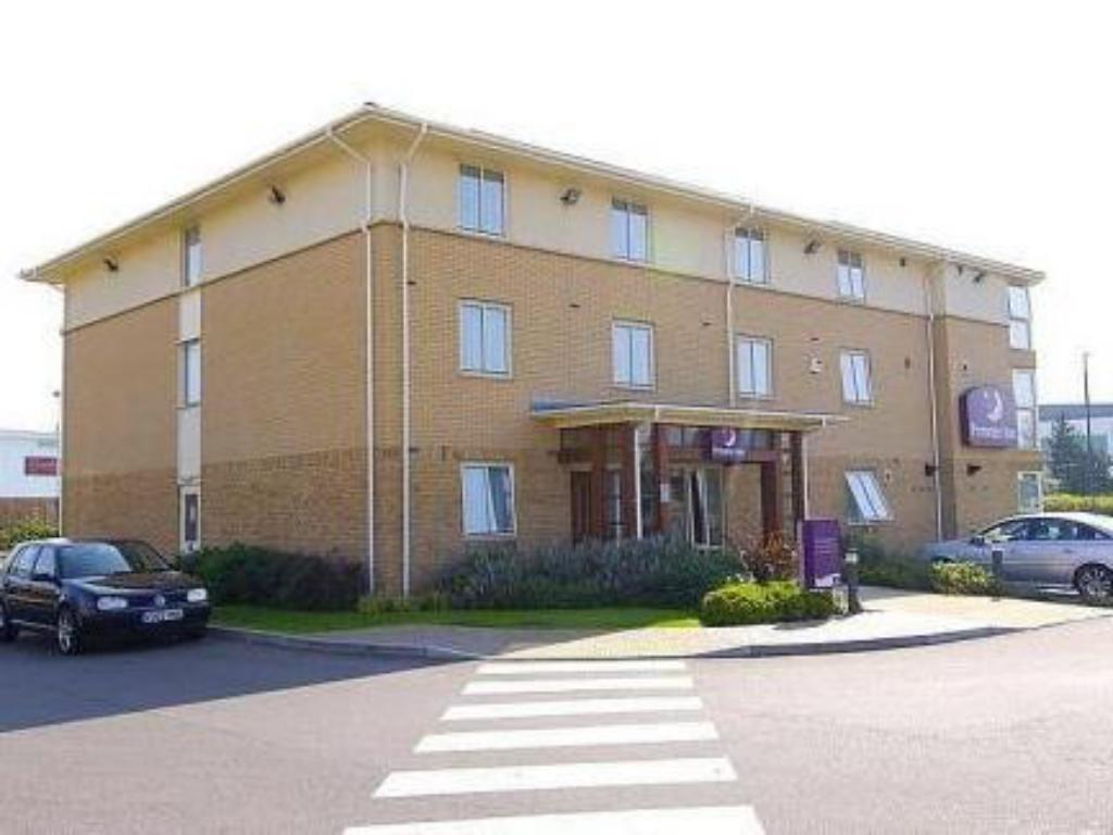More about Premier Inn Gloucester Business Park