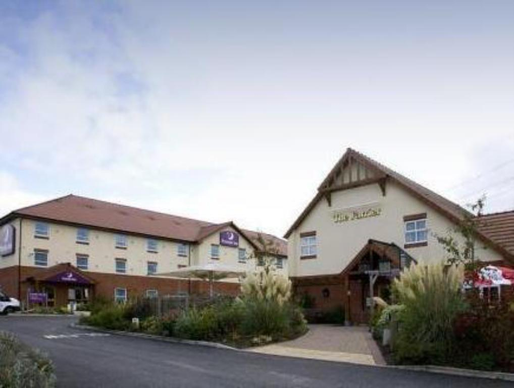 More about Premier Inn Grantham