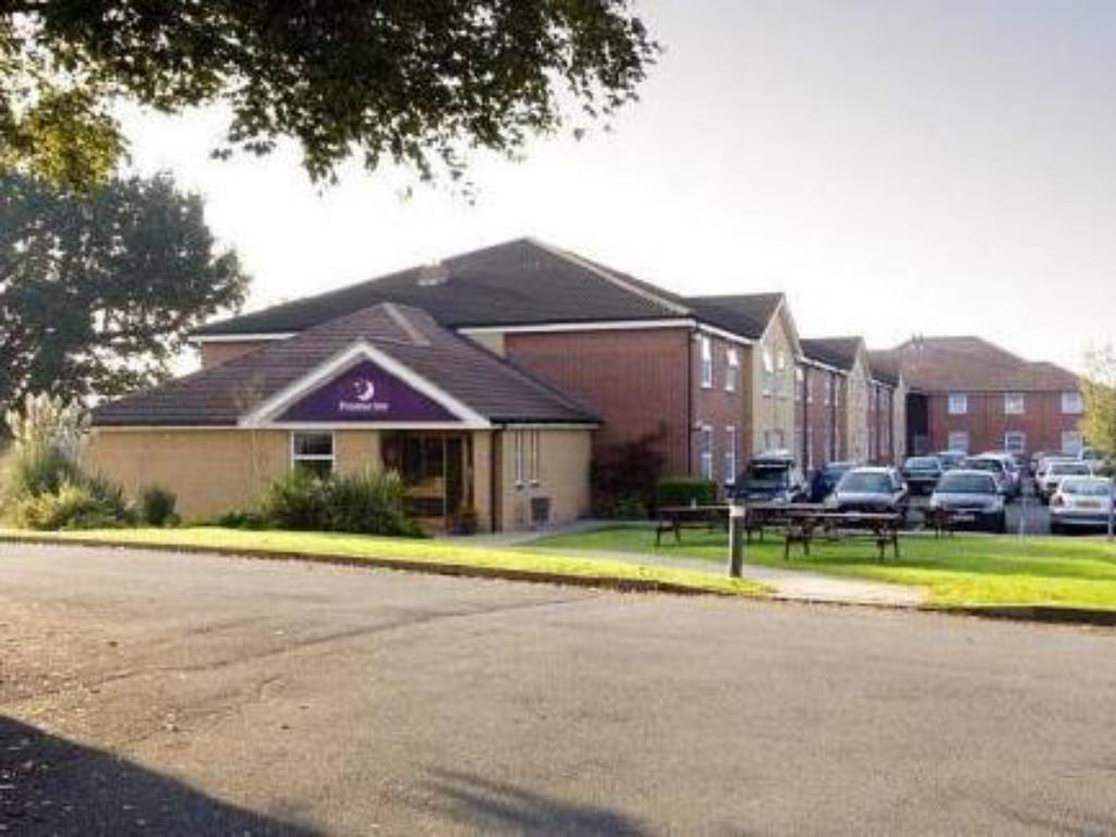 Vista exterior Premier Inn Hereford