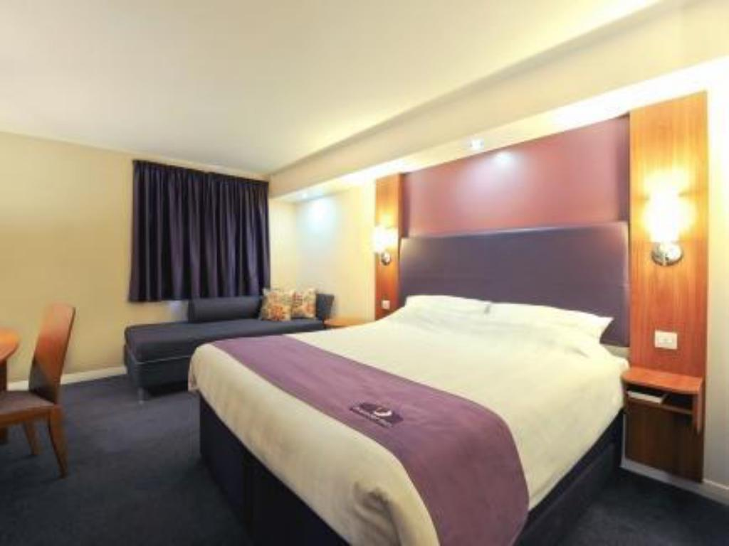 Habitació Familiar (2 Adults + 1 Infant) Premier Inn Kilmarnock