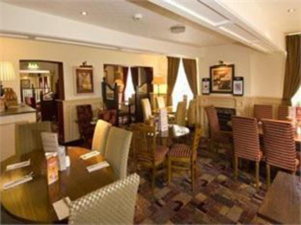 Restaurante Premier Inn Knutsford - Bucklow Hill