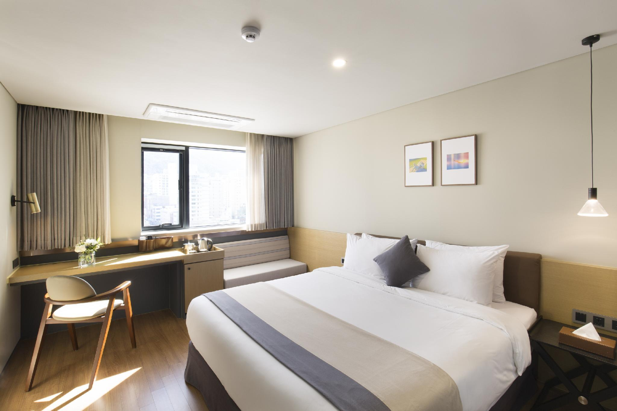 Suite 2 Ranjang Double (Suite with 2 Double Beds)