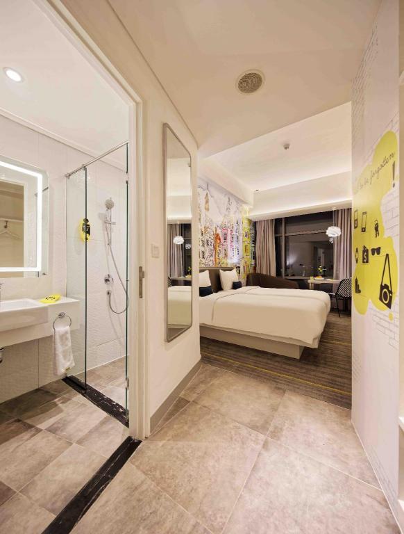 Yello Hotel Harmoni Jakarta Offers Free Cancellation 2021 Price Lists Reviews