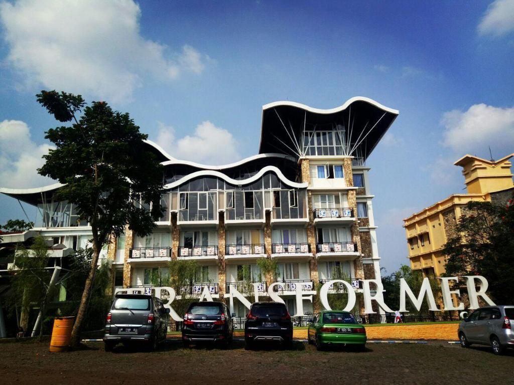 Transformer Center Hotel In Malang Room Deals Photos Reviews