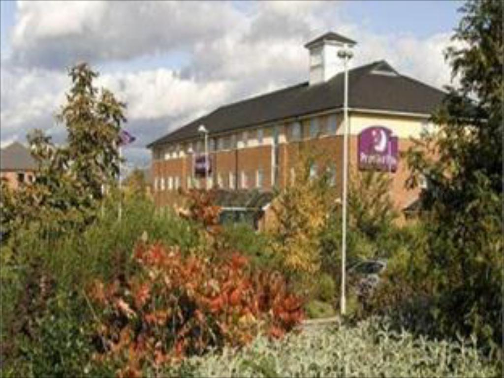 See all 6 photos Premier Inn Leeds South - Birstall