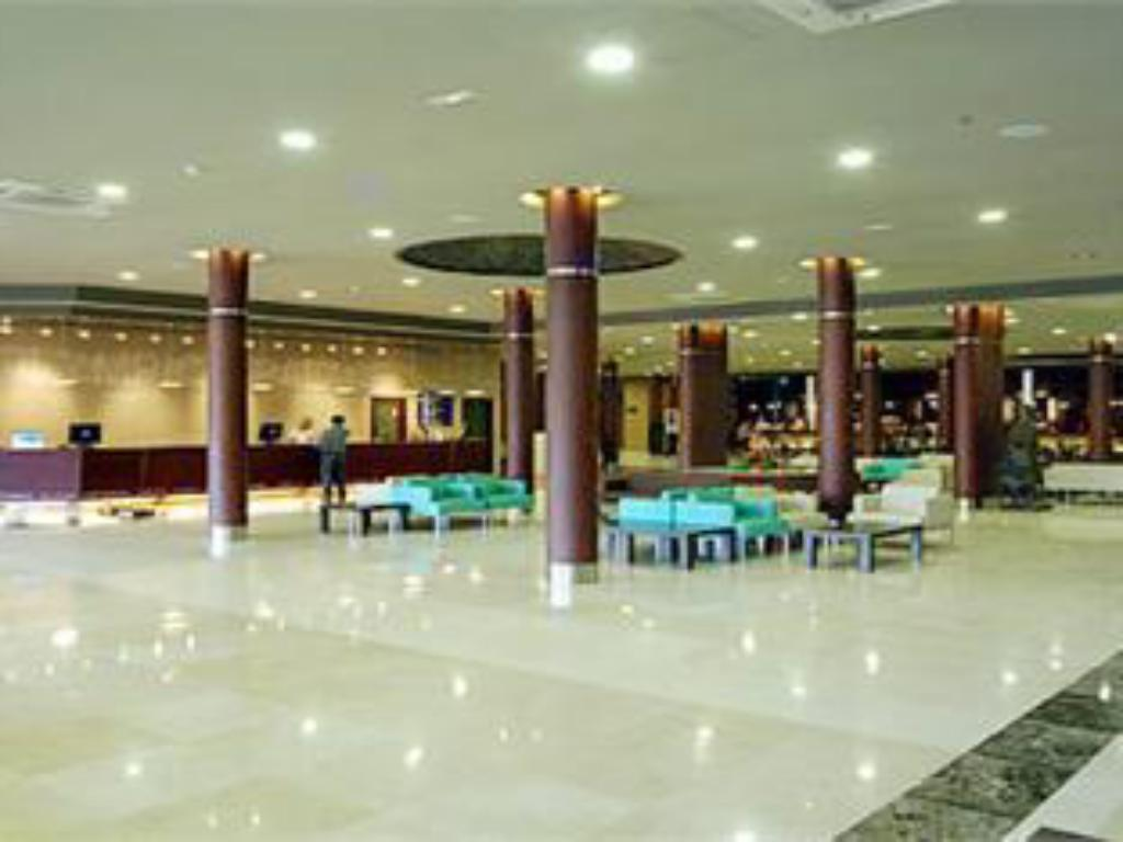 Lobby Evenia Olympic Palace