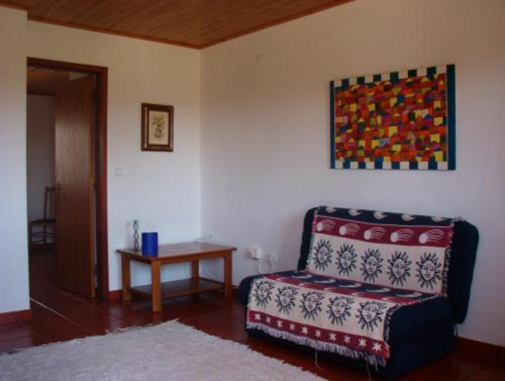 Apartment (2 adults and 1 child up to 12 years old) - Guestroom Apartamentos Vale Da Varzea