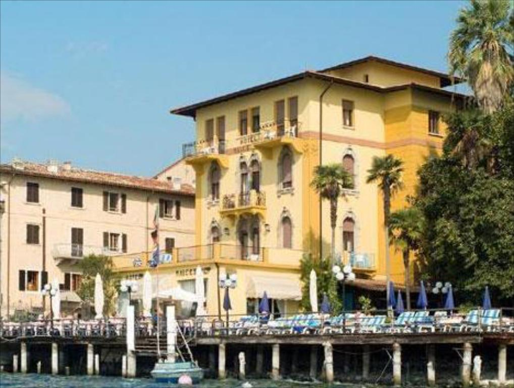 More about Hotel Malcesine